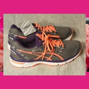 Asics Gel Excite 4 Running Shoes 9.5 M T6E8N Coral